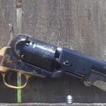 1851_Colt_Navy_bron_czarnoprochowa